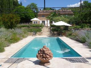 Luxury Provençal Farmhouse set in lovely gardens - Villecroze vacation rentals