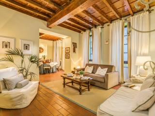 Beautiful Condo with Internet Access and A/C - Florence vacation rentals
