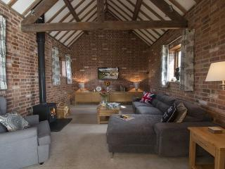 Sandfields Barn - Weston Upon Avon vacation rentals