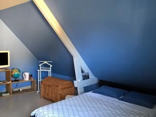 La Chambre Bleue - Ecrainville vacation rentals