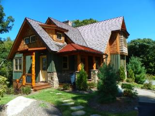 Beautiful 4 bedroom House in Blowing Rock with Internet Access - Blowing Rock vacation rentals