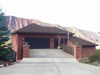 Comfortable House with Internet Access and Dishwasher - Glenwood Springs vacation rentals