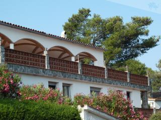 Casa Dolfi - 180° Blick auf das Meer und Pyrenäen - Pals vacation rentals
