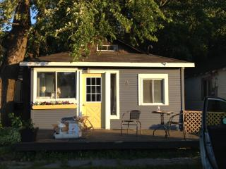 2 Bedroom Cabin #3 Steps to Lake Simcoe - Innisfil vacation rentals