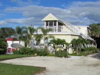 1925 Sugar Cane Plantation - Bokeelia vacation rentals