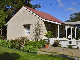 Almond Tree Cottage Bed & Breakfast - Angaston vacation rentals