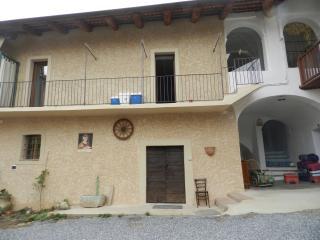 Villa Lombardi- appartamento La Rondinella - Busca vacation rentals