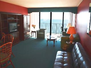 Cozy 1 bedroom Condo in Garden City Beach - Garden City Beach vacation rentals