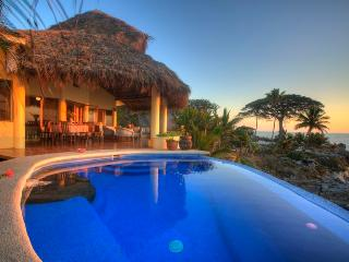 Voz del Mar - Platanitos vacation rentals