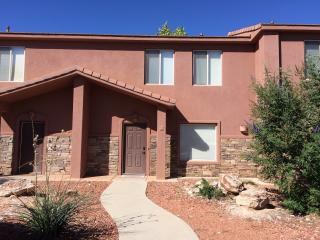 Comfortable Townhouse with Internet Access and A/C - Kanab vacation rentals