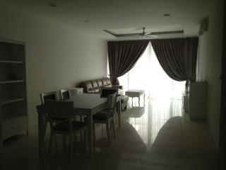 Nice 4 bedroom Apartment in Subang Jaya - Subang Jaya vacation rentals