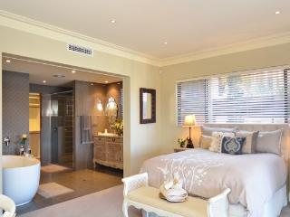 Romantic 1 bedroom Condo in Mindarie - Mindarie vacation rentals