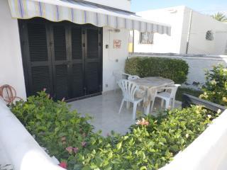 Los Cardones, 1 Bed Villa R19 - Playa de las Americas vacation rentals