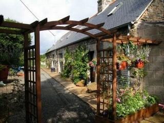 Mallard Gite - Belle-Isle-en-Terre vacation rentals