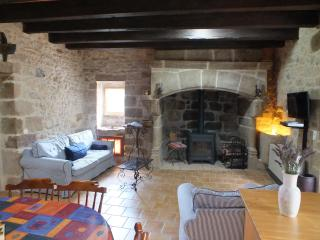 Nice 1 bedroom Lacapelle Marival Gite with Internet Access - Lacapelle Marival vacation rentals