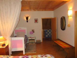 Chambre Forêt-Noire pour trois personnes.......... - Offenburg vacation rentals