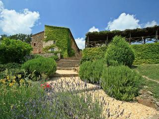 Perfect 8 bedroom Montalcinello Villa with Internet Access - Montalcinello vacation rentals