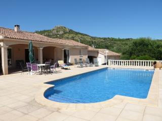 Spacious 5 bedroom Villa in Cabrieres (Herault) - Cabrieres (Herault) vacation rentals