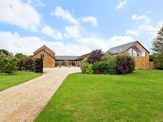 Scotland End Barn, Hook Norton, Cotswolds - Hook Norton vacation rentals