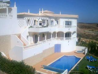 Perfect Villa with Internet Access and A/C - Budens vacation rentals