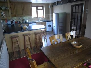 Beautiful 4 bedroom Great Ayton Cottage with Internet Access - Great Ayton vacation rentals