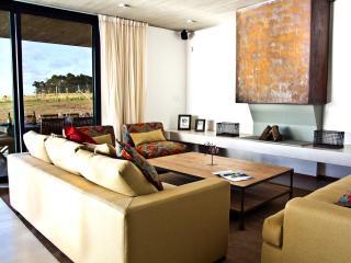1 Bedroom Countryside Home in La Punta - Punta del Este vacation rentals