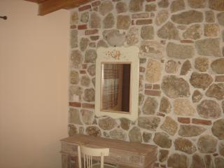 Nice 1 bedroom Nea Skioni Apartment with Internet Access - Nea Skioni vacation rentals