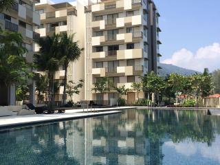 Beachfront Luxury Suites,Batu Ferringhi,Penang - Batu Ferringhi vacation rentals