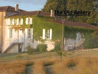 The Old Bakery at La Flotte - Mortagne-sur-Gironde vacation rentals