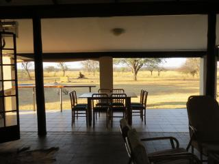 Perfect 4 bedroom Naboomspruit Farmhouse Barn with Deck - Naboomspruit vacation rentals