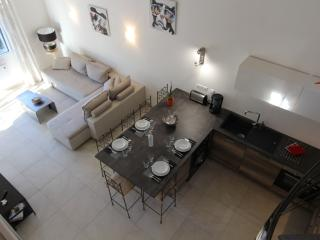 Nice Gite with Internet Access and Dishwasher - Montbazin vacation rentals