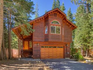 Perfect 3 bedroom House in Tahoma - Tahoma vacation rentals