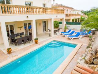 4 bedroom Villa with Internet Access in Cala Murada - Cala Murada vacation rentals