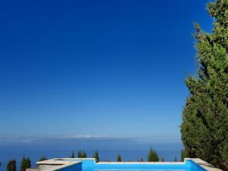 Finca Stemann - Casa Pascal Villa with pool for 2 - Guia de Isora vacation rentals