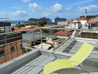 Funchal Apartment T2 Mercado dos Lavradores - Funchal vacation rentals