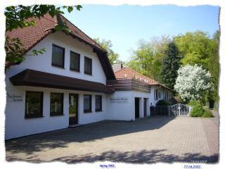 """Ferienwohnung """"B"""" im Keramik-Haus - Harpstedt vacation rentals"""