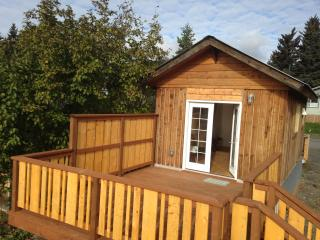 *$95 winter special* Homer's Downtown Tiny House - Homer vacation rentals