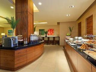 Hilton Luxurious Resort w/Breakfast and wifi - New York City vacation rentals