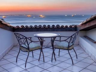 All Saints Bay View nearby Pelourinho-Top - Salvador vacation rentals
