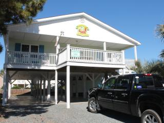 Keylime Cottage - Ocean Isle Beach Gem! - Ocean Isle Beach vacation rentals