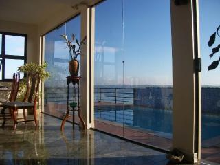 Nice Castle with Internet Access and Mountain Views - Vila Velha vacation rentals