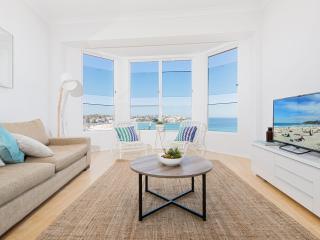 3 bedroom Apartment with Internet Access in Bondi - Bondi vacation rentals