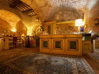 Bright 11 bedroom Castle in Montecosaro - Montecosaro vacation rentals