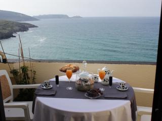 Atico con terraza y vistas al mar con acceso directo a la playa G de Malpica - A Coruna Province vacation rentals