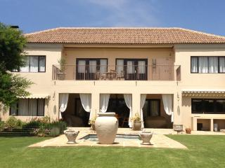 Golfers paradise, space, tranquility, - Hartbeespoort vacation rentals