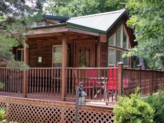 Mendelbaum Winery - Fig Cabin - Fredericksburg vacation rentals