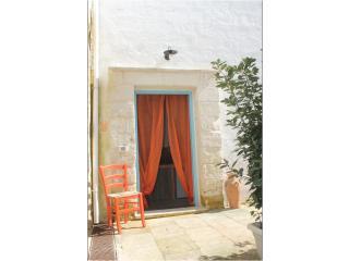 LA CORTE DEI COLORI appartamento arancio - Spongano vacation rentals