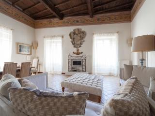 APARTMENT DESIDERIO next to Spoleto Cathedral - Spoleto vacation rentals