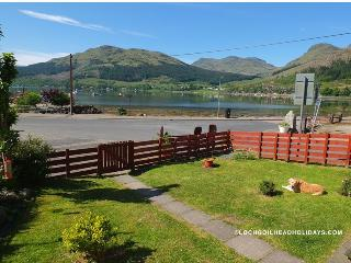 Comfortable 2 bedroom Cottage in Lochgoilhead with Internet Access - Lochgoilhead vacation rentals
