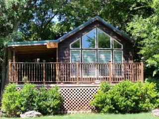 Mendelbaum Winery Pecan Cabin - Fredericksburg vacation rentals